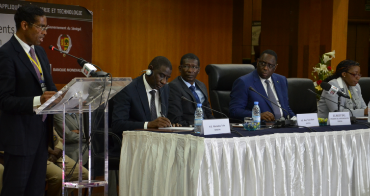 Dr Alvaro Sobrinho addresses HE President Macky Sall of Senegal and delegates at the World Bank Applied Science and Technology Forum in Dakar